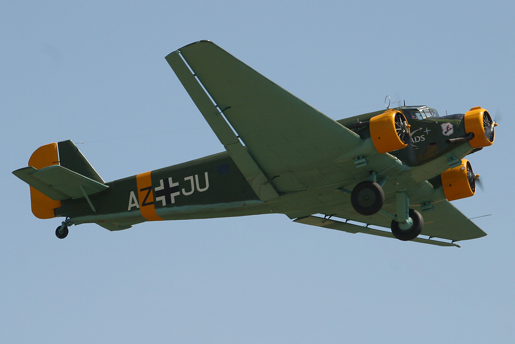 AIRSHOW NEWS: Shoreham Airshow included in official events calendar for Battle of Britain 75th Anniversary